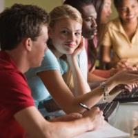 5) Programmate sessioni di studio con altri compagni