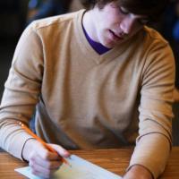 5) Inizia a scrivere