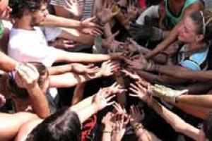 Come si diventa operatore umanitario