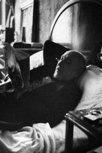 Luigi Pirandello nella sua stanza