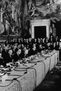 I delegati alla firma del trattato del mercato europeo comune a Roma nel 1957