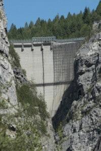 Foto della diga del Vajont, scattata nel 2013