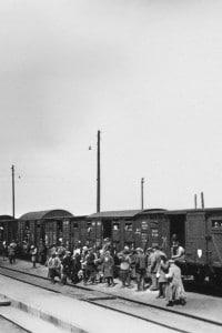 Deportazione di ebrei francesi nei campi di concentramento nel 1940