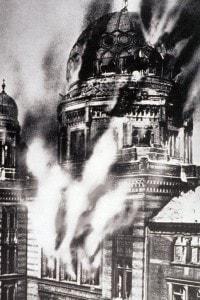 Sinagoga di Essen devastata dai nazisti il 9 novembre 1938