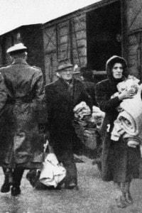 Deportazione degli ebrei nei campi di concentramento nel 1941