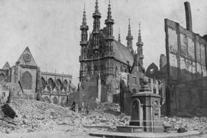 Le macerie di Louvain dopo un bombardamento nel 1914