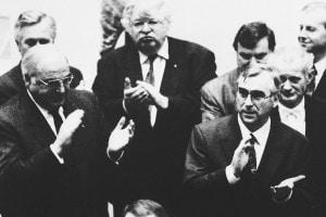 Il termine dei lavori per scrivere le linee guida vengono del Trattato di Maastricht, firmato il 7 febbraio 1992