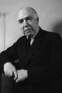 """Niels Bohr, famoso per il suo cosiddetto """"atomo di Bohr"""""""