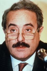 Foto di Giovanni Falcone, il magistrato ucciso dalla mafia