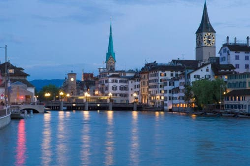 7. Zurigo
