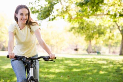 7 Fare finta di fare sport al parco