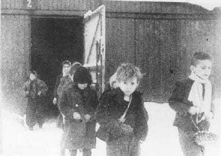 Bambini in un momento della liberazione