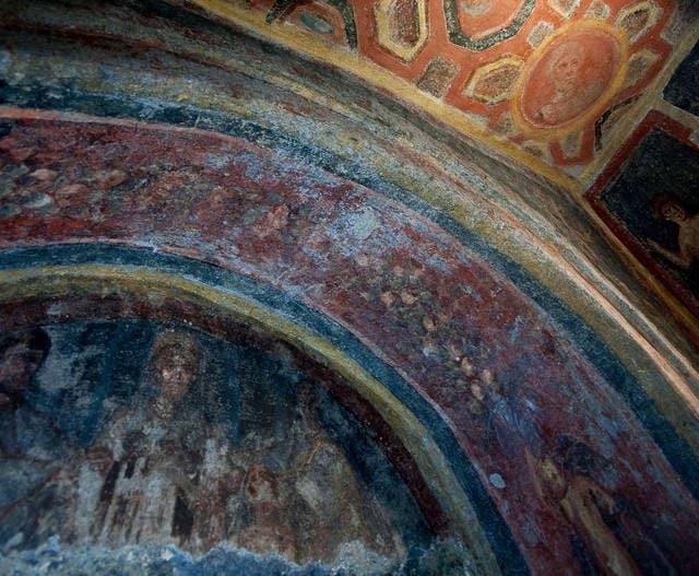 Ritratto di San Pietro nelle Catacombe romane di Santa Tecla