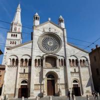 Cattedrale di Modena in stile romanico