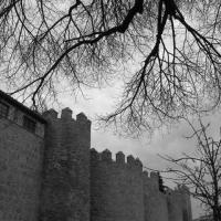 Mura di Alvila in stile romanico