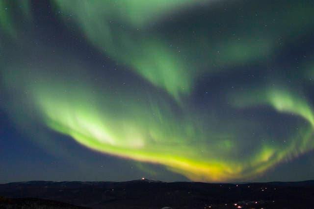 Aurora boreale in fase di crescita