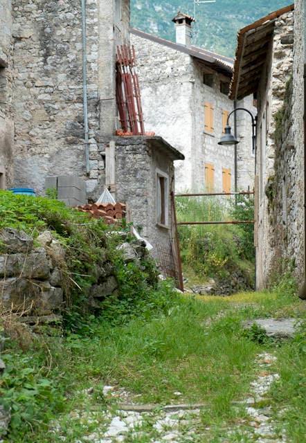 Erto e Casso: paese quasi abbandonato dopo il disastro del Vajont
