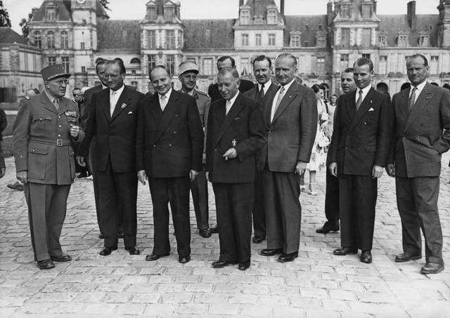 Guerra Fredda: La Germania Federale entra nella NATO nel 1955