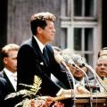 Kennedy parla al paese