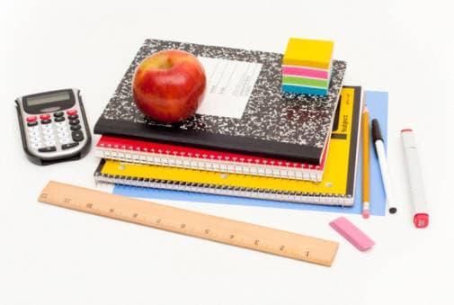 Un classico: quaderni, penne e diario