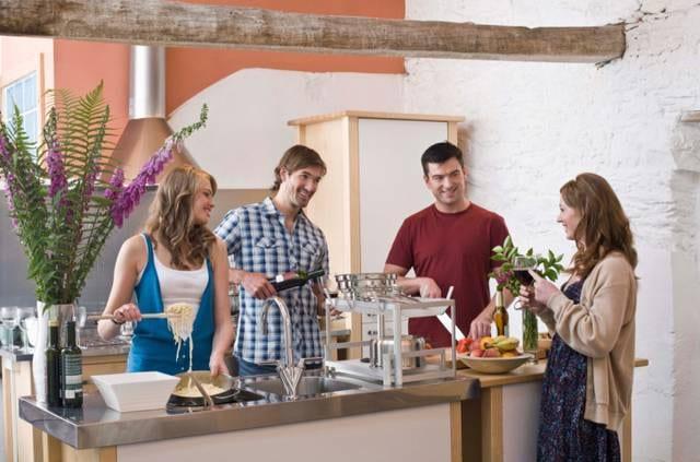 9 Impara ad organizzare cene a casa