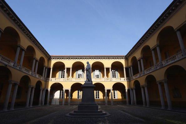 15. Pavia