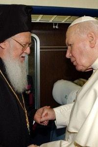 Assisi: Giovanni Paolo II e Bartolomeo I in occasione della giornata di preghiera per la pace