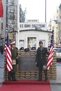 Il posto di blocco Checkpoint Charlie