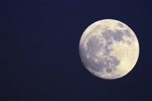 La Luna cantata da Leopardi