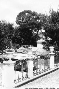 La tomba di Giuseppe Garibaldi sull'isola di Caprera, in Sardegna