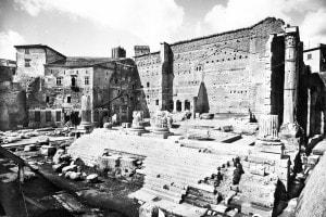 Le rovine del Tempio di Marte Ultore nel Foro di Augusto a Roma