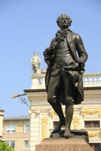 Statua raffigurante Johann Wolfgang von Goethe