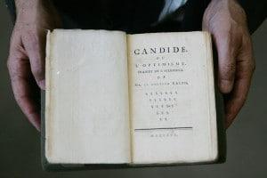 """Frontespizio del """"Candido"""" di Voltaire"""