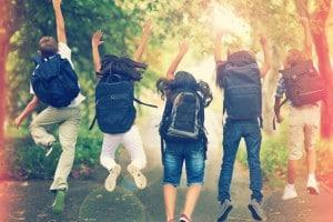 Studenti all'uscita da scuola