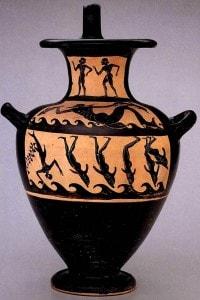 Hydria raffigurante  scena di un mito dionisiaco che trasforma pirati etruschi in delfini