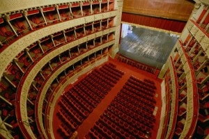 Veduta interna del Teatro Valle, dove Pirandello mise in scena per la prima volta Sei personaggi in cerca d'autore nel 1921