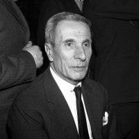 Dino Buzzati: biografia e opere