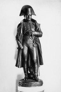 Statua in bronzo raffigurante Napoleone Bonaparte