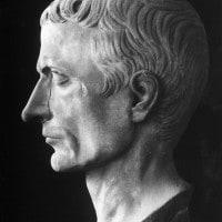 Gaio Giulio Cesare: opere e pensiero politico
