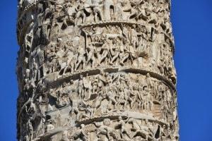 La colonna di Marco Aurelio, celebrativa della vittoria dell'imperatore sulle popolazioni germaniche