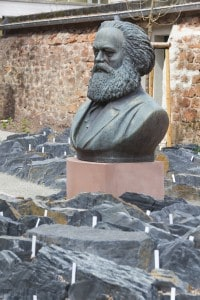 Mezzo busto di Karl Marx