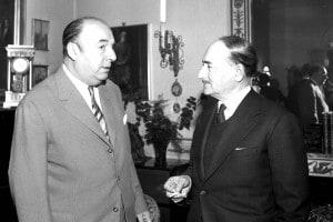 Salvatore Quasimodo insieme a Pablo Neruda