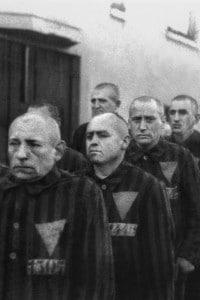 Deportazione dei prigionieri nei campi di concentramento