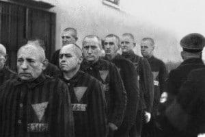 Immagine di prigionieri nei campi di concentramento