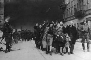 """La Shoah o Olocausto è uno dei punti focali di questo periodo, e porta con sé il concetto di """"memoria"""""""