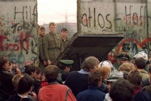 Caduta del Muro di Berlino, 1989