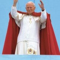 Biografia di Giovanni Paolo II: la vita del Santo dal pontificato alla beatificazione