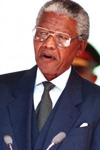 Il giuramento di Nelson Mandela il 10 maggio del 1994