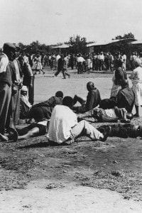 Immagine del massacro di Sharpeville avveuto il 21 marzo 1960