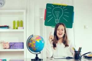 Tesina terza media: argomenti e collegamenti per il percorso per l'esame